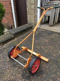 Used Sisis Cricket Scarifier