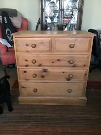 5 chest of drawer solid pine chest