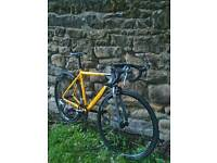 CARRERA TDF ROAD BIKE, PRISTINE CONDITION AS ONLY USED A COUPLE OF TIMES, £90