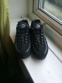 Nike air max 95 size8 uk very good condition