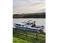 31ftx9ft boat