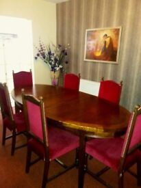 Vintage Solid Wood Dining Table and x6 Chairs