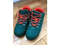 Boys hiking boots - Size 1 - As new