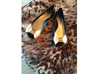 Ted baker shoes, like new! Size 4