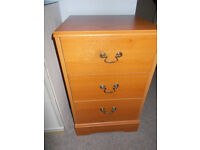 Three drawer unit, suitable for bedroom