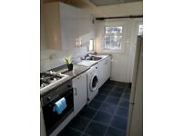 **STUNNING 3 BED** Lovely spacious 3 Bedroom House with driveway and rear garden in Dagenham