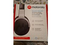 Brand new wireless noise cancelling headphone