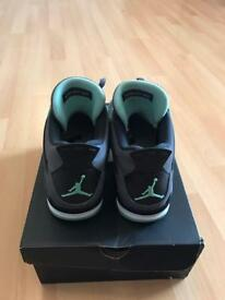 Air Jordan 4 Green glow size 8uk