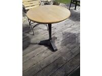 VINTAGE DECO TABLE BASE CAST IRON WITH ROUND OAK TOP TABLE INDOORS OUTDOORS PATIO KITCHEN GARDEN