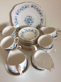 Colclough Braganza Bone China 21 piece tea set