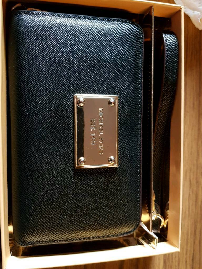 7881b5a7bbd8b8 Michael Kors Wallet/Phone case | in Forfar, Angus | Gumtree