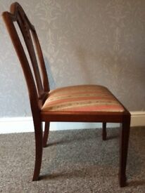 Yew Reproduction Extendable Table and 6 Chairs