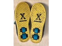 +++ HEELYS Style X Sidewalk +++ size UK 4 +++ great condition + kids skate shoes / 2 wheels