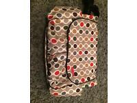 Skip Hop Dash Deluxe change bag in Wave Dot