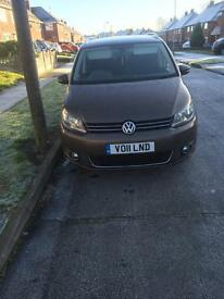 Volkswagen touran people carrier