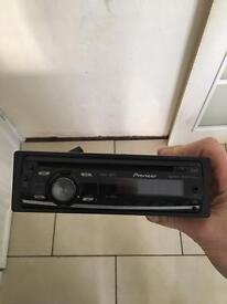 Pioneer cd/MP3 player with aux