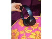BRAN NEW BEATS SOLO 3 WIRELESS HEADPHONES 🎧
