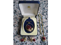 VINTAGE 2 x Rose Pendants and matching earrings, quality jewellery set c1965 - Superb!