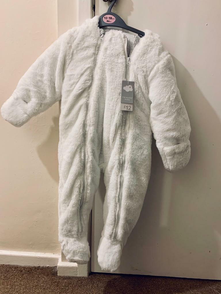 bbda6e44a8b1 Polar bear snow suit 12-18 months