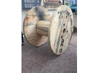 4x large cable wheel