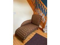 Chaise longue seat