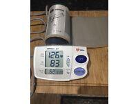 Blood pressure monitor (Omron M7) Intellisense