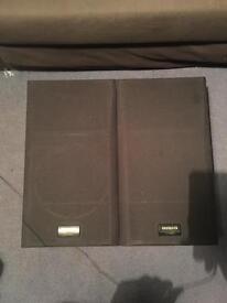 2x Aiwa speakers