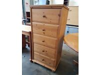 Tall pine chest of drawers with 5 Drawers