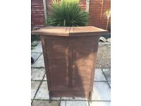 Great garden pub bar wooden foldable ideal for BBQ party's or indoor