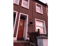 2/3 bedroom house for rent on Mount Pleasant Road - very close to Dartford station - £900 pcm