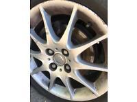 Alloy wheels Toyota alloy wheels with good tyres 195/55/16