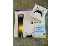 PS5 Console Sony Playstation 5 Disc Edition + Extra controller in hand - Kensington based