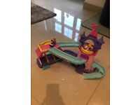 Fisher price little ppl princess kilo Klop horse stable