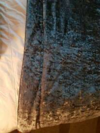 Crushed velvet silver quilted throw