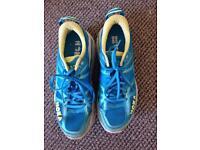 Hoka running shoes size 6