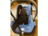 Maxi Cosi Baby Car Seat 0-13kg FREE
