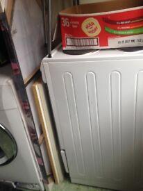Beko cooker white