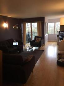 3 Bedroom Luxury Part Furnished Apartment with Parking Riverside CB5
