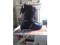 Atomic Deed snowboading boots brand new in box, size UK 7.5