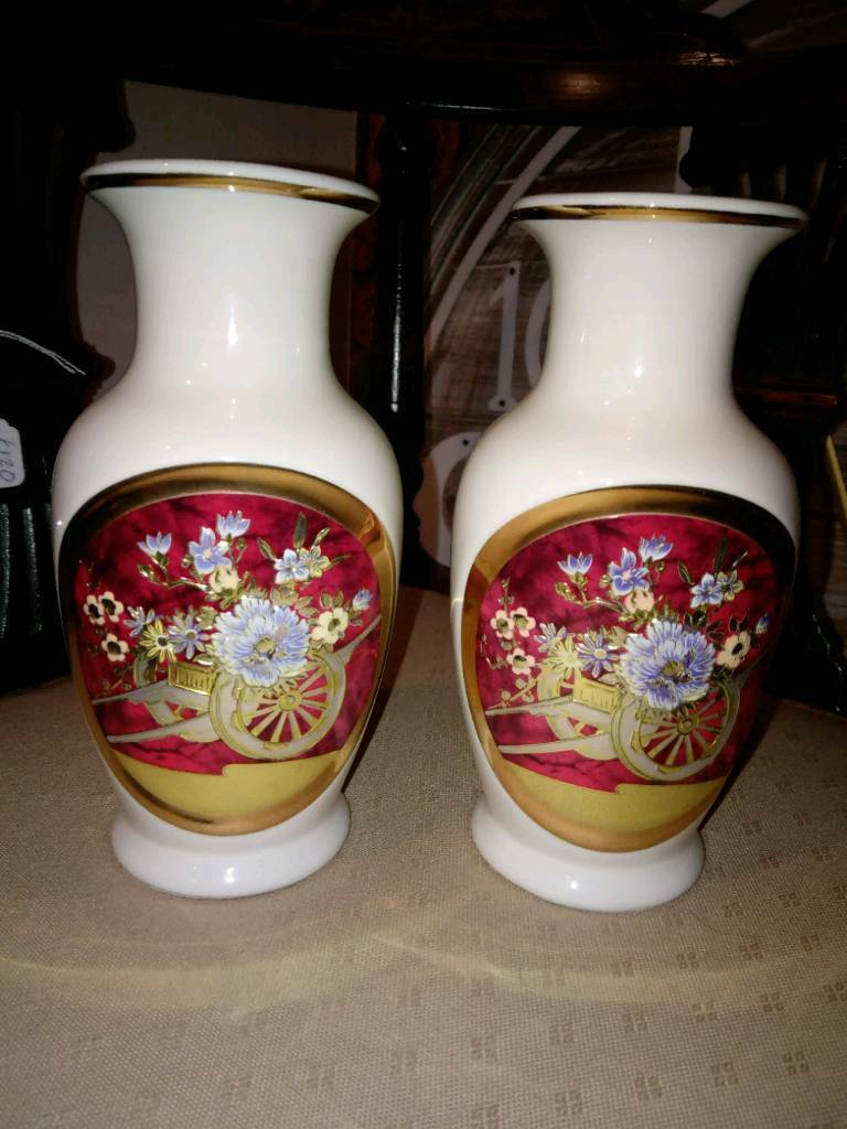 Pair of collectable 24k gold edged chokin vases