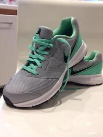 New Nike trainers 4