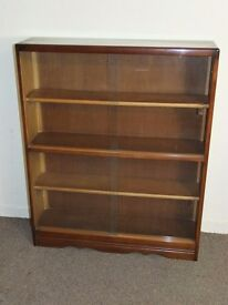 VINTAGE GLASS DOOR OAK BOOKCASE CABINET FREE DELIVERY EDINBURGH GLASGOW TAYSIDE FIFE AREAS