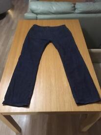 Vans jeans - 34W 32L slim fit dark blue