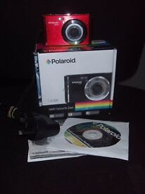 POLAROID L iE 826 DIGITAL CAMERA - SPARES OR REPAIRS (our ref 9860)