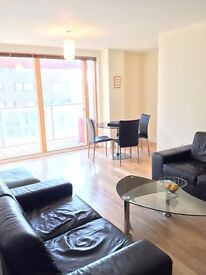 Zone 1: 2 Bedroom furnished flat, short walk from Elephant & Castle and Kennington Tube stations