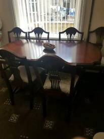 6 seater extendable dining table
