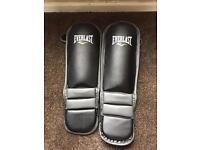 Shin pads - kickboxing - MMA