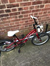 Girls bike 6-9 years olds.
