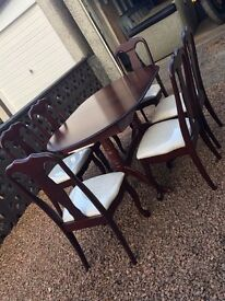 Mahogany Dining table and 6 Chairs For sale