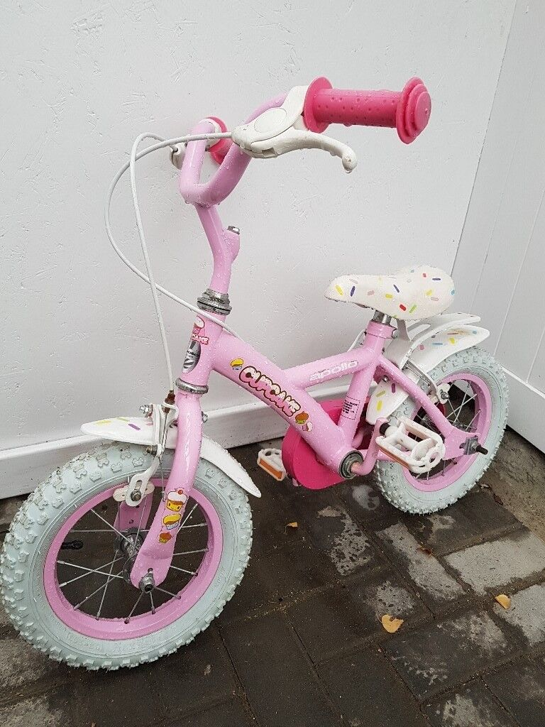 """Apollo Cupcake Bicycle 12"""" Preloved. Only £20"""